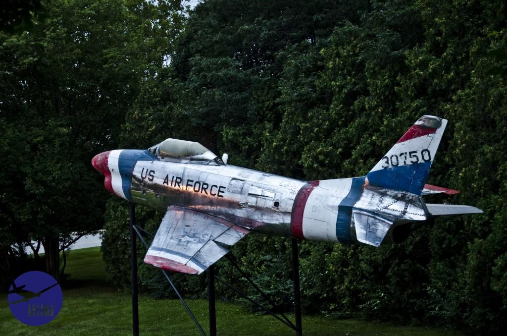 59 F-86 Aviana