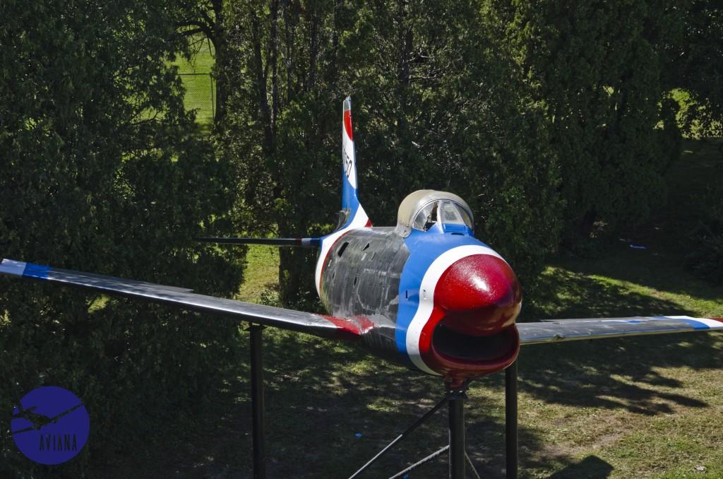 89 F-86 Aviana