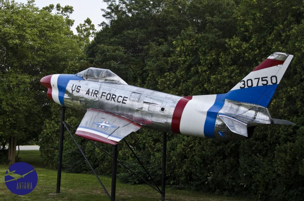 91 F-86 Aviana