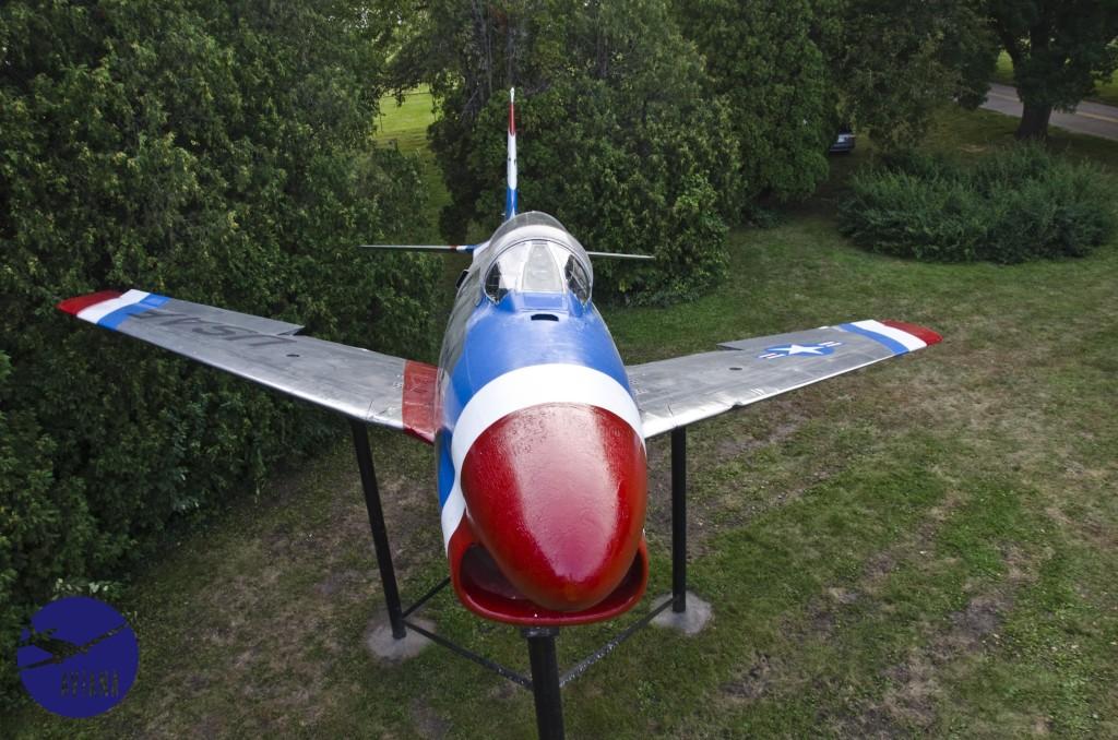 94 F-86 Aviana