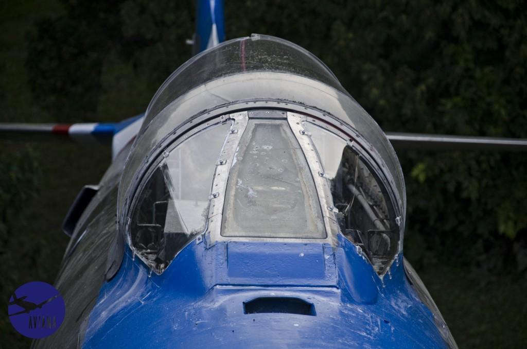 95 F-86 Aviana